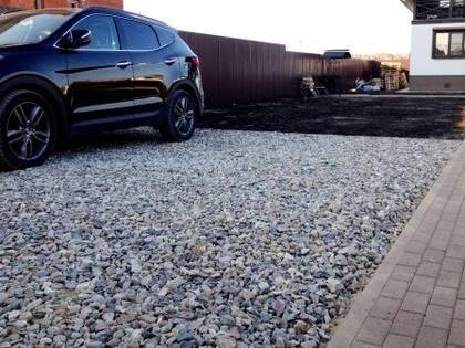Стоянка под машину на даче из щебня своими руками 58